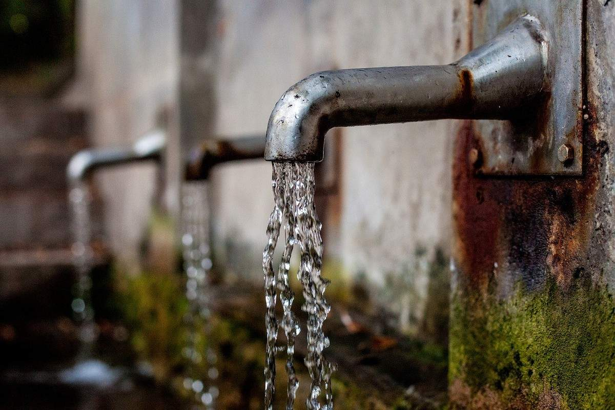 preserving water by mother earth
